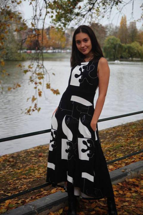 Hildegarde Handsaeme - Hash-Hash  L'Art qui Touche - Winter dress